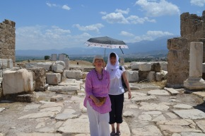 Joan doing her impression of the raj at Laodicea